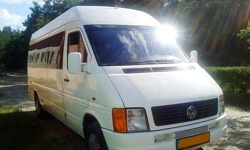 Микроавтобус (от 10 до 22 пас.) Volkswagen LT пасс. (Фольксваген ЛТ пасс.) 2001 года.